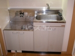 コンフォートベネフィス箱崎2 103号室のキッチン