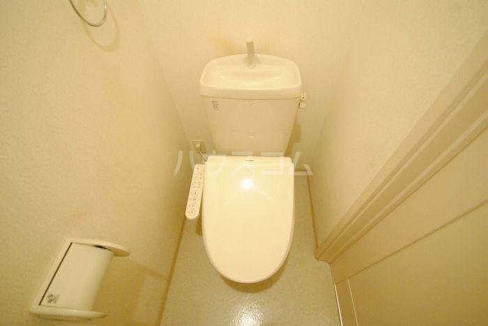 ラ・メール高田 201号室のトイレ