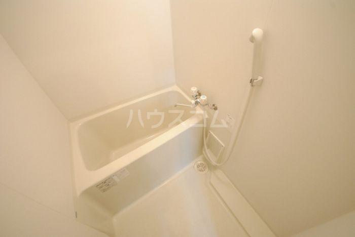 ラ・メール高田 201号室の風呂