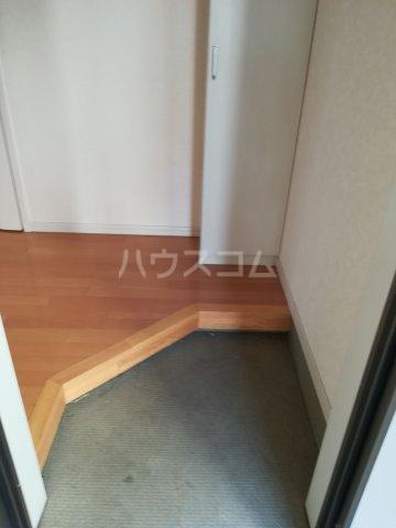 クレフラスト箱崎東Ⅱ 101号室の玄関