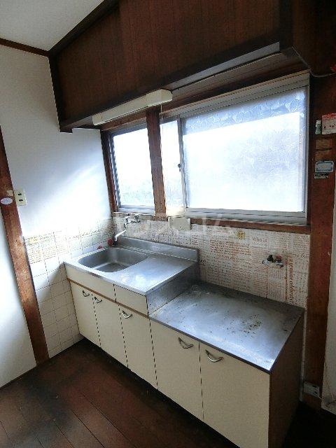 丸源荘 202号室のキッチン