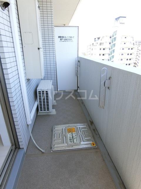 ウインステージ箱崎Ⅱ 1101号室のバルコニー