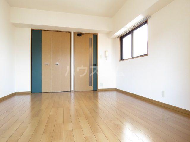 宝州博多第一ビル 805号室のベッドルーム
