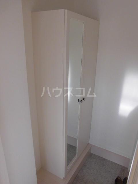 リッツハウス箱崎 202号室の玄関