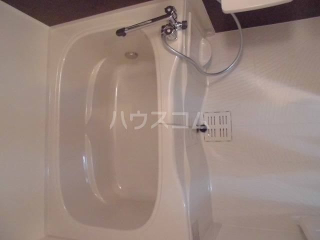 リテラ博多Ⅱ 301号室の風呂