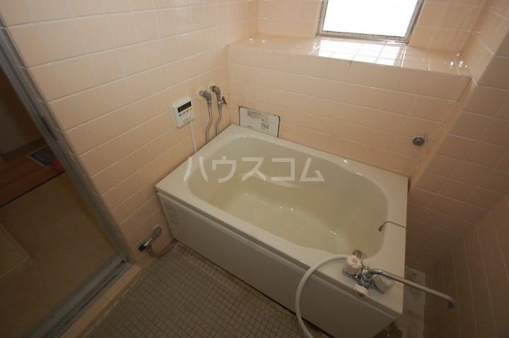 グリーンライフビル 302号室の風呂