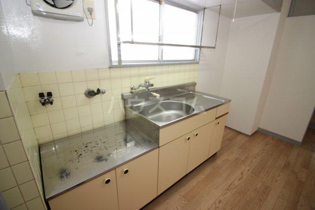 グリーンライフビル 404号室のキッチン