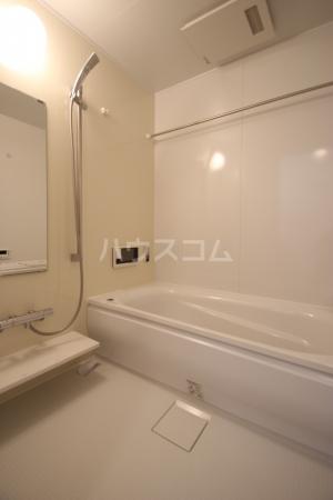 ガーデンハウスB棟 102号室の風呂