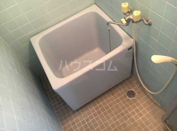 ルポ馬出 405号室の風呂