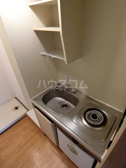 サンフィールド千代 801号室のキッチン
