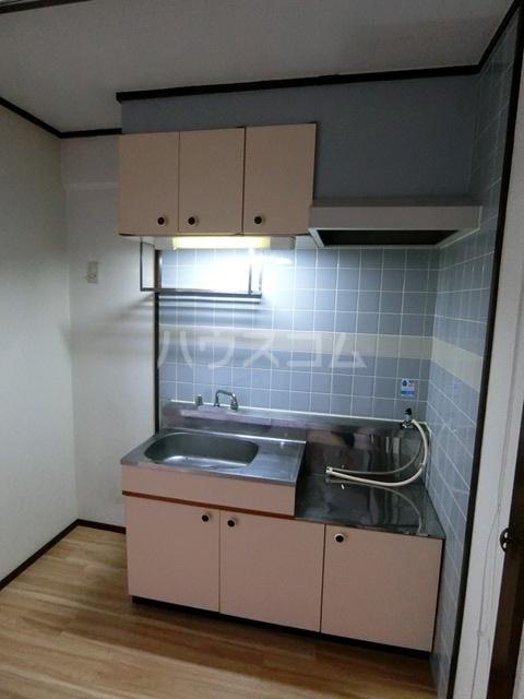 レジデンスコア 310号室のキッチン