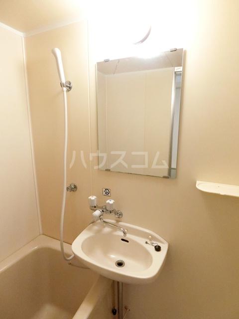 レジデンス貝塚 107号室のトイレ