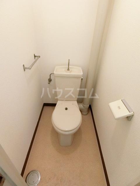 レジデンス貝塚 107号室の洗面所