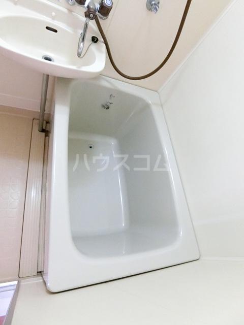 レジデンス香椎 203号室の風呂
