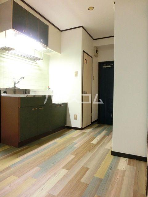 グリーンピア原田 403号室のキッチン