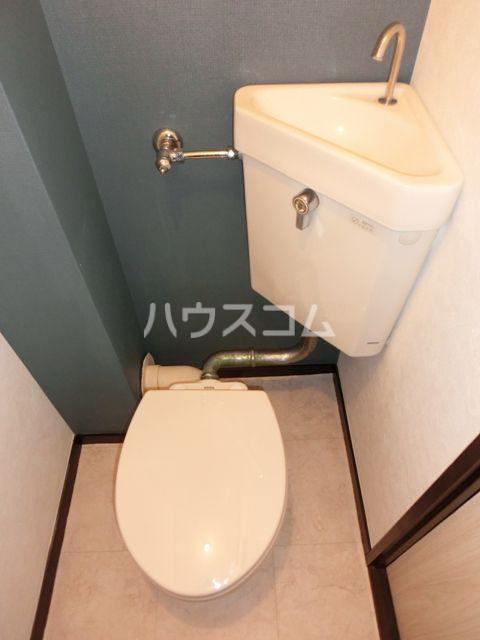グリーンピア原田 403号室のトイレ
