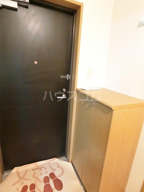 フォレストラメール 512号室の玄関