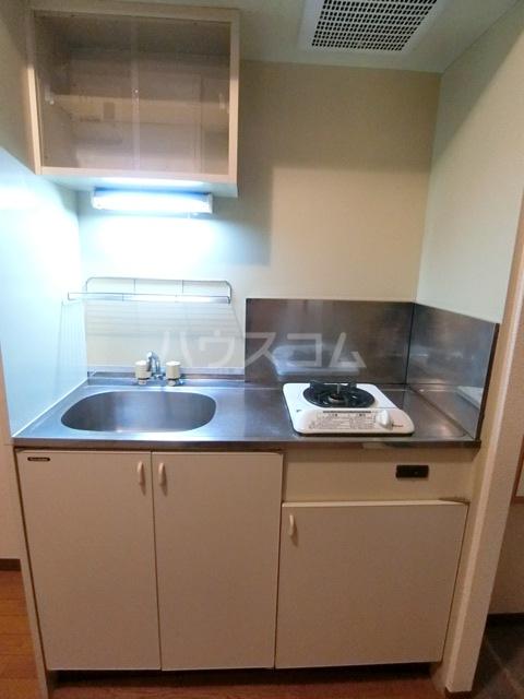 フォレストラメール 512号室のキッチン