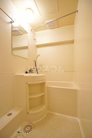 アバンダント85 201号室の風呂
