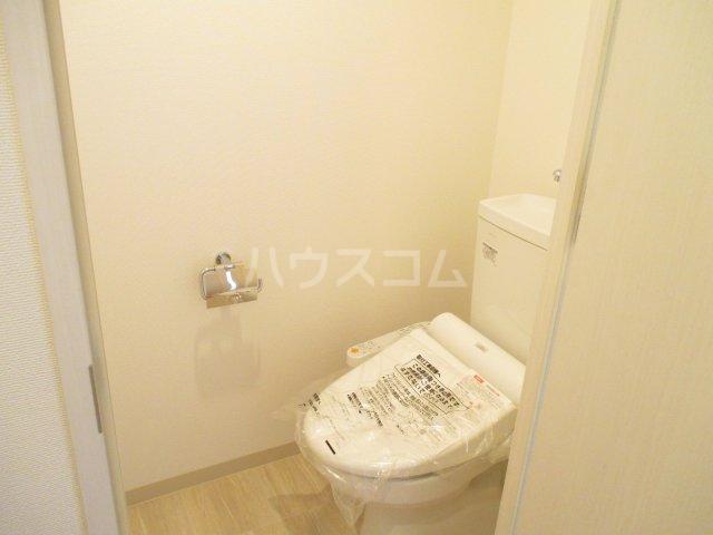 ビエネスタ千代県庁口 1105号室のトイレ