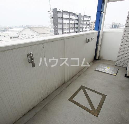 S-FORT福岡東 1008号室のバルコニー