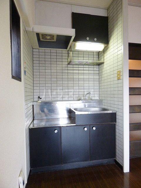 Kステーション八田 401号室のキッチン