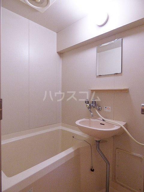 Kステーション八田 401号室の風呂
