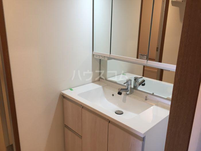 沙都和ビル 805号室の洗面所
