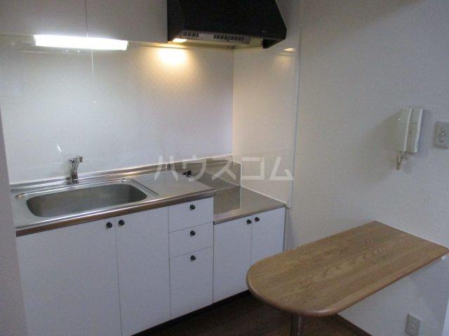 サーディンⅠ 202号室のキッチン