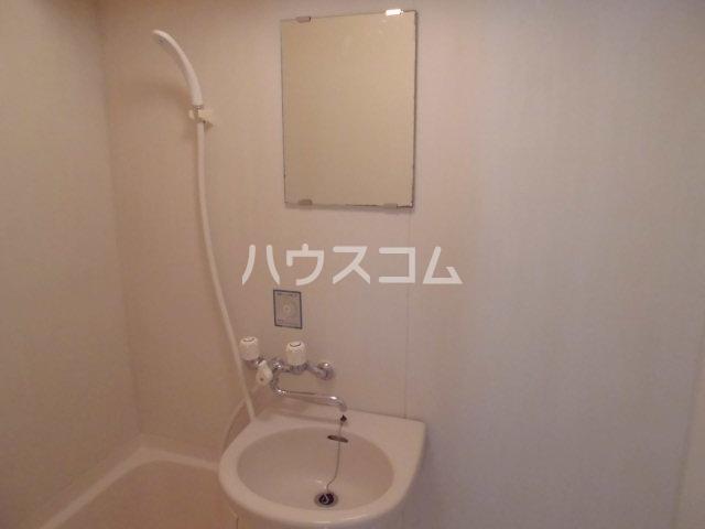 PLEAST吉塚Ⅱ 408号室の洗面所