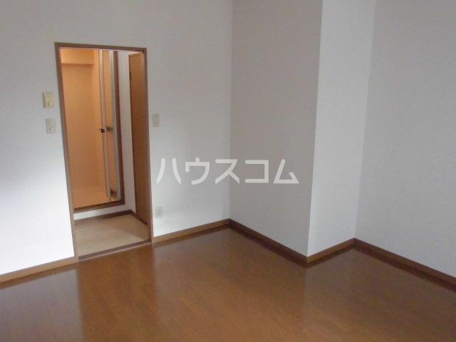 PLEAST吉塚Ⅱ 408号室のリビング