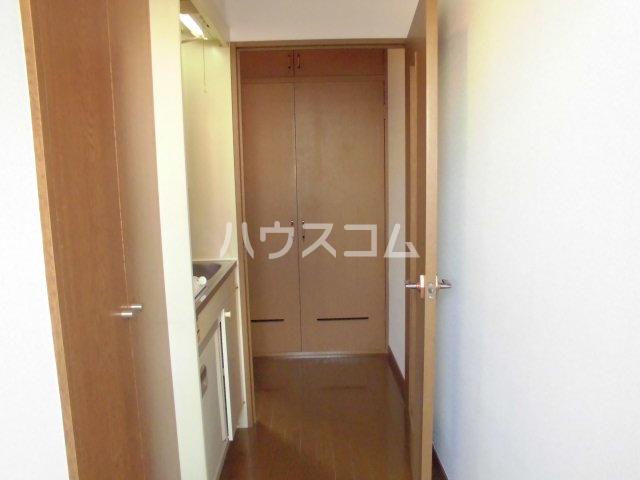 PLEAST吉塚Ⅱ 408号室の玄関