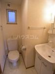 コンフォートベネフィス箱崎4 202号室の洗面所