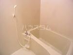 コンフォートベネフィス箱崎4 202号室の風呂