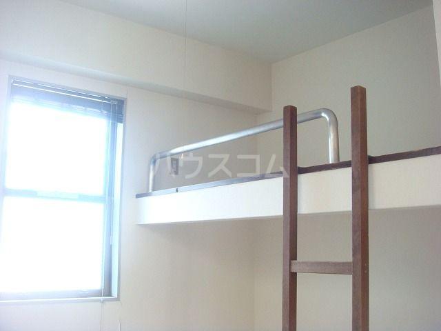 ビューハイツ1 201号室のベッドルーム