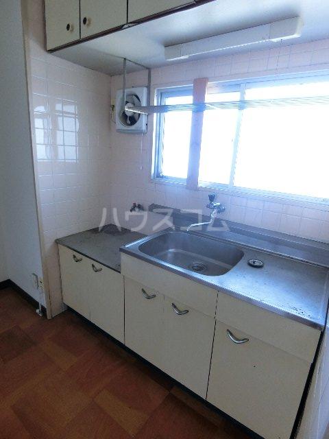 東林寺コーポ 303号室のキッチン