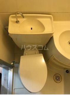 川鍋コーポ 13号室のトイレ