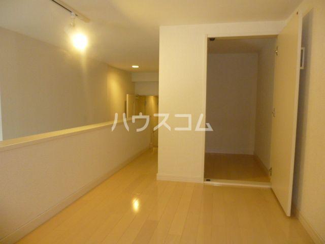 リアンアーブル博多駅東 101号室の居室