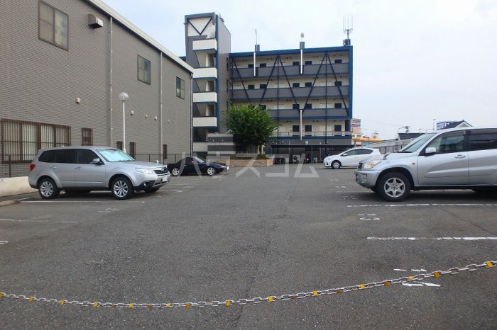 シティスクエア福岡 305号室の駐車場