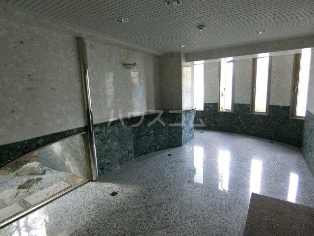 ST竹内ビル 605号室のエントランス