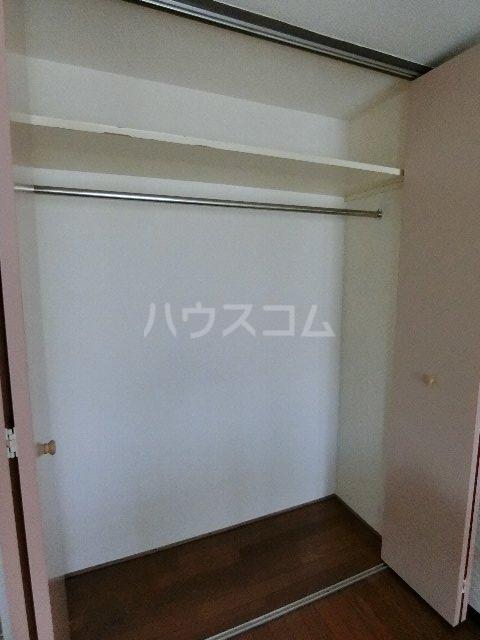 フルブルーム 302号室の収納