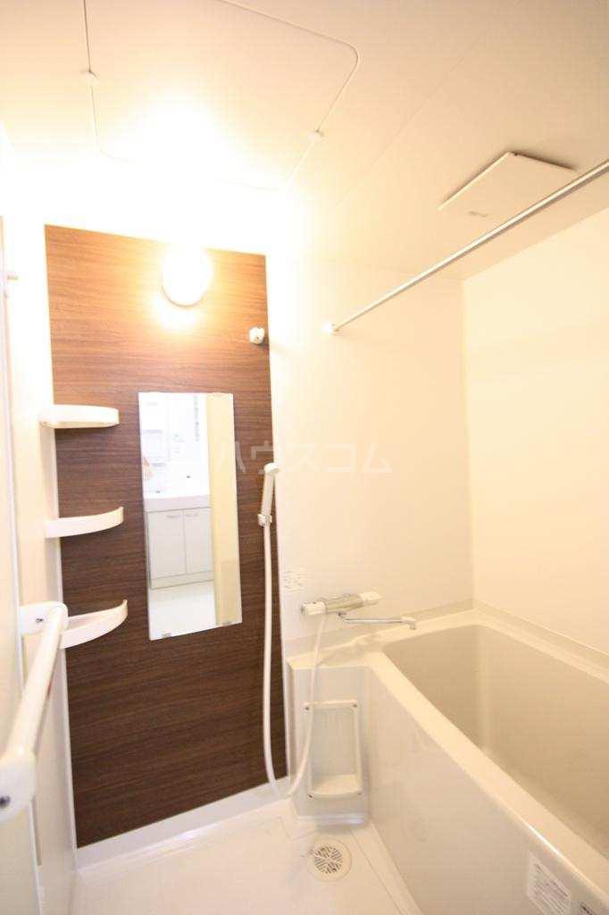 バーンメアオ シカリオン 102号室の風呂
