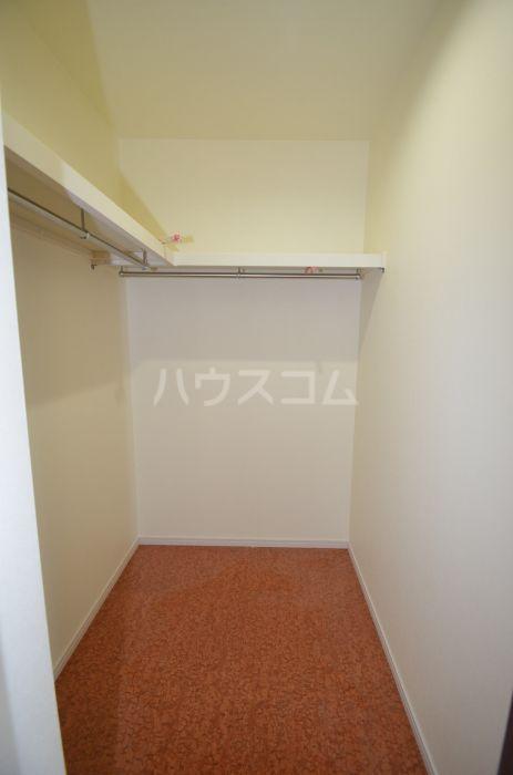 グリニッジ コート 302号室の収納