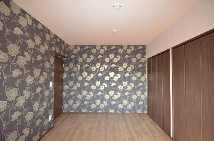 グリニッジ コート 302号室のベッドルーム