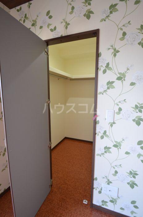 グリニッジ コート 303号室の収納