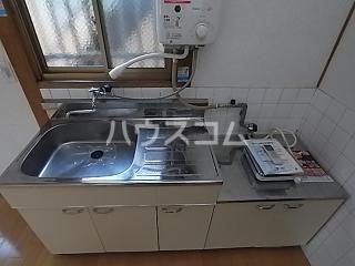 大神荘 101号室のキッチン