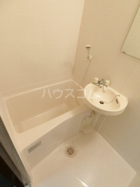千代ビル 403号室の風呂