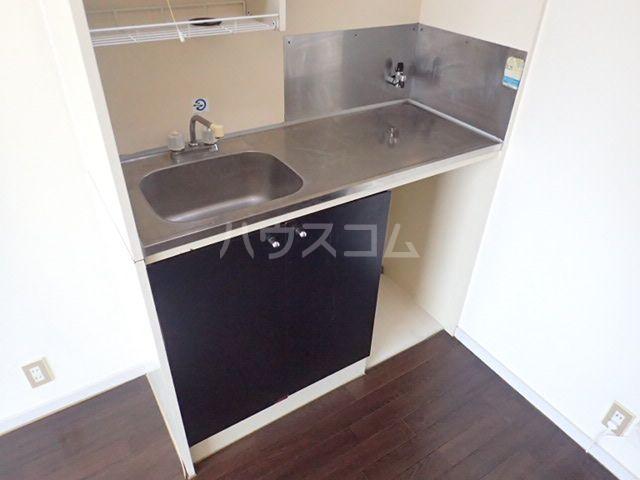 プラザ九大前Ⅱ 106号室のキッチン