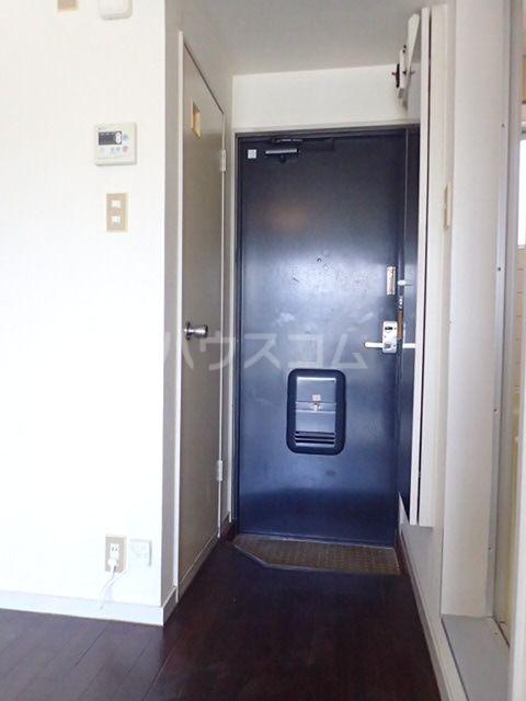 プラザ九大前Ⅱ 106号室の玄関