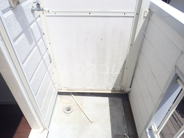 プラザ九大前Ⅱ 106号室のバルコニー